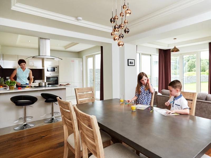 Fuchsia Lodges Dining Area