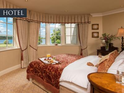Lakeview Hotel Suite 2