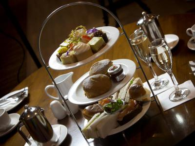 Prosecco Afternoon Tea