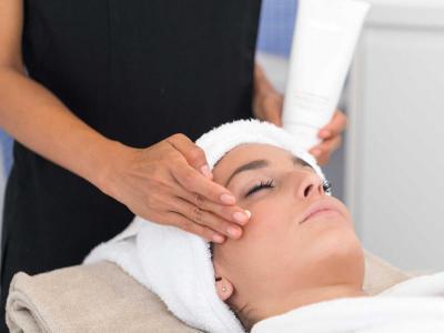Vouchers - Tratamiento Facial 30 min + 3 Horas Spa + Desayuno