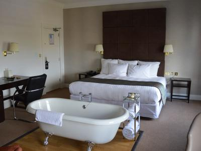 Bath Suite at the cliff hotel