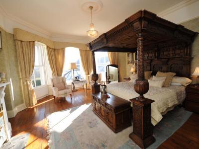 classic junior suite