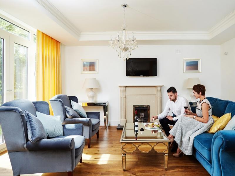 Fuchsia Lodges Sitting Room